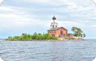 Посещение Спасо-Каменного монастыря. Стоит ли ехать?
